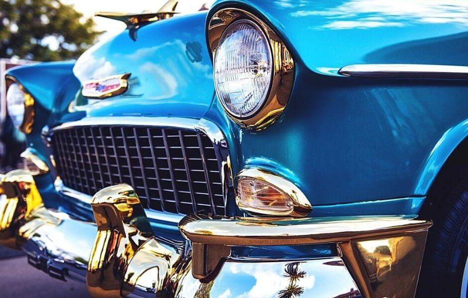 Cómo restaurar la carrocería de un coche clásico