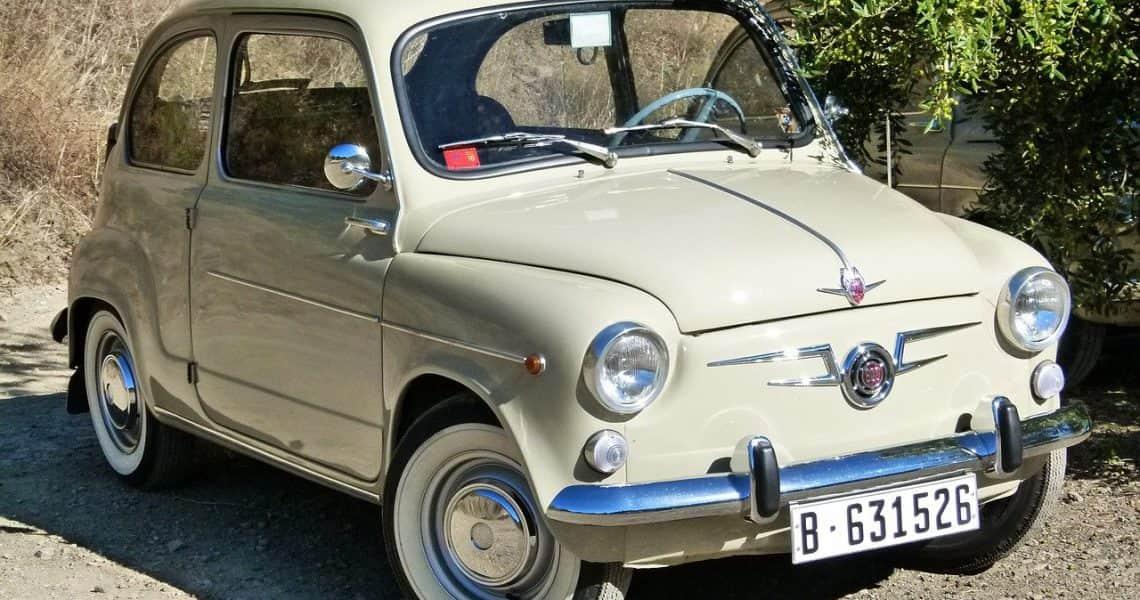 coches clásicos españoles
